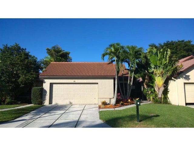 14 Ironwood Way N, Palm Beach Gardens, FL 33418