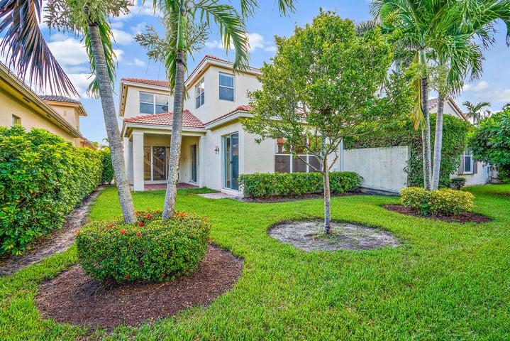 169 Isle Verde Way, Palm Beach Gardens, FL 33418