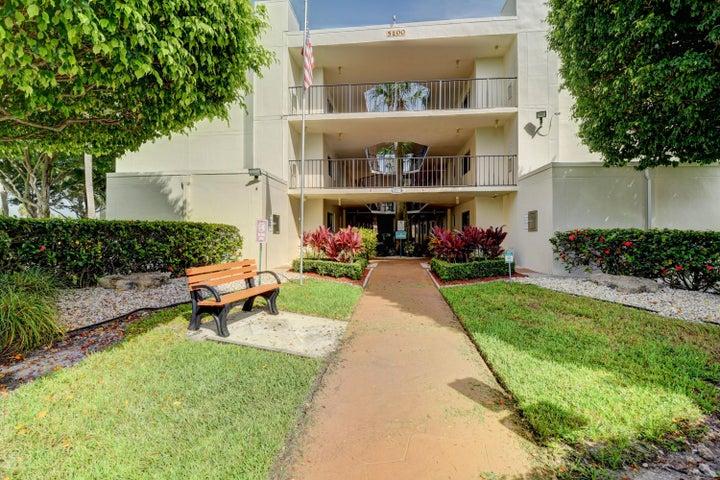 5100 Las Verdes Circle 206, Delray Beach, FL 33484