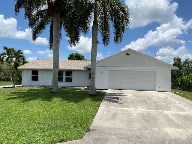 92 W Pine Tree Avenue, Lake Worth, FL 33467