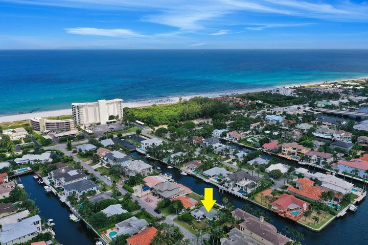1006 Brooks Lane, Delray Beach, FL 33483