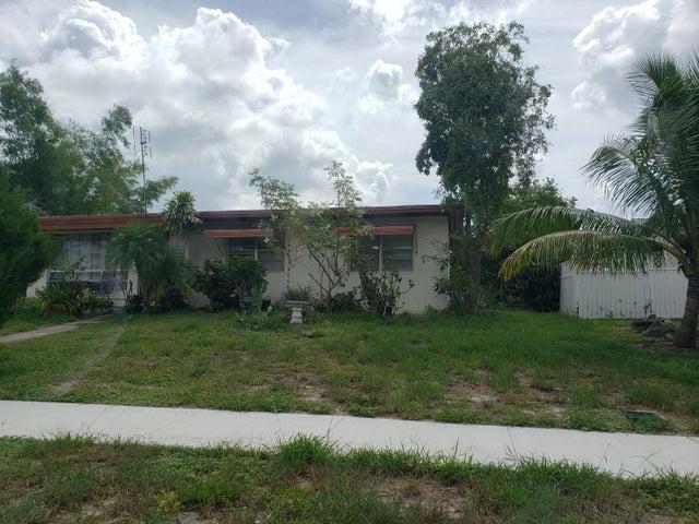 814 Small Drive, Lake Worth Beach, FL 33461