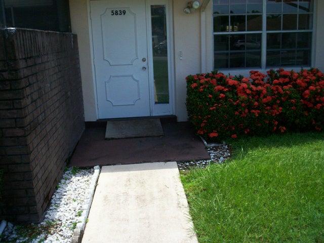 5839 Summerfield Court, 45, Fort Pierce, FL 34982