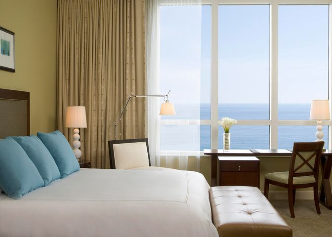 OCEAN FACING VIEWS 7TH FLOOR FULLY FURNISHED 1 BEDROOM 1 BATH CONDO WITH FULL KITCHEN, WASHER DRYER, MARBLE FLOORING, CARPETING, GRANITE COUNTERTOPS, WORLD CLASS AMENITIES.  Enjoy a luxury lifestyle vacation at this ocean front beach resort and relax.  When not visiting the property choose the best management team to generate income year round through nightly rentals.