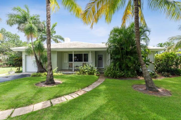 605 Sunset Road, Boynton Beach, FL 33435