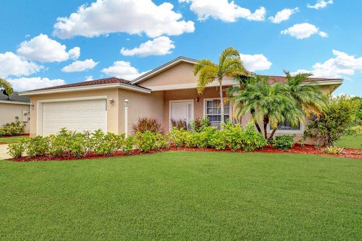 6525 Las Palmas Way, Port Saint Lucie, FL 34952