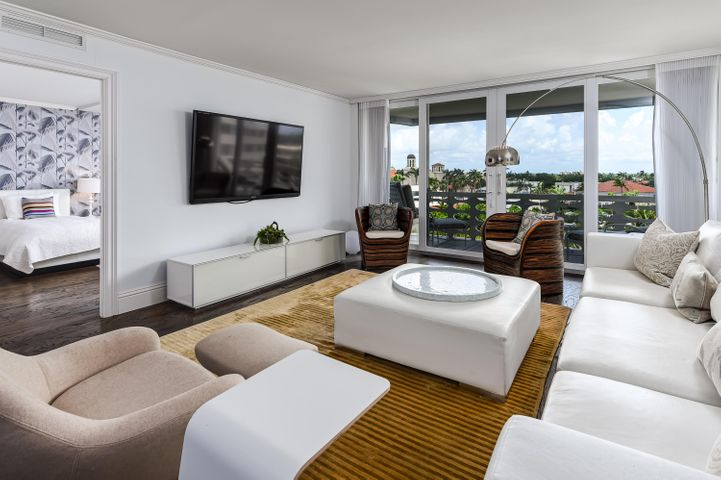 Sun and Surf's fantastic in town location now has a beautifully renovated 6th floor 2/2.1 available. Close to the elevator with quality finishes, this attractive condo with eat in kitchen and split bedroom plan will not last.  Full service condo with great facilities, concierge, gorgeous pool and access to the beach.  Walk everywhere!
