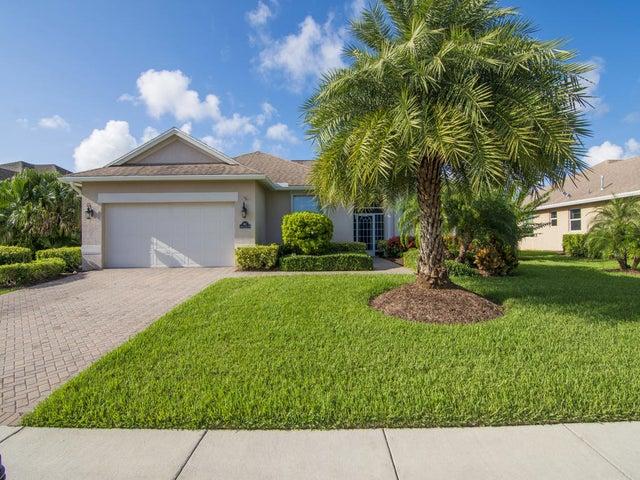 662 Tangelo Circle SW, Vero Beach, FL 32968