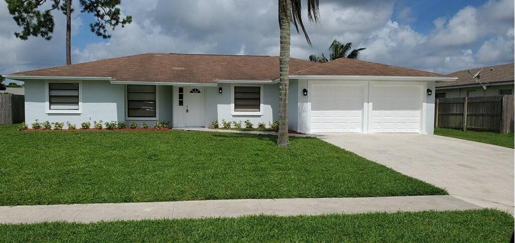 148 Cordoba Circle, Royal Palm Beach, FL 33411
