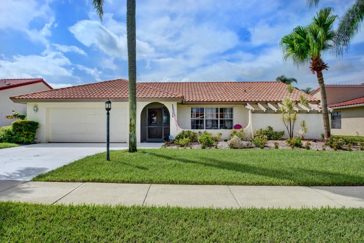 8377 Bonita Isle Drive, Lake Worth, FL 33467