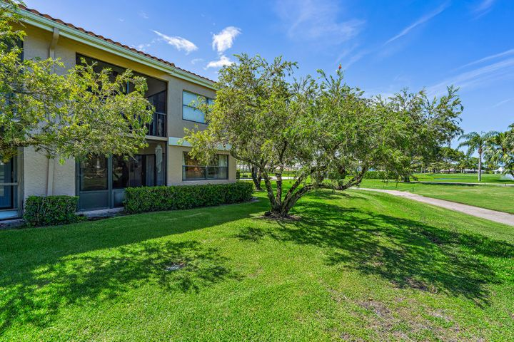 12962 Briarlake Drive, 101, Palm Beach Gardens, FL 33418