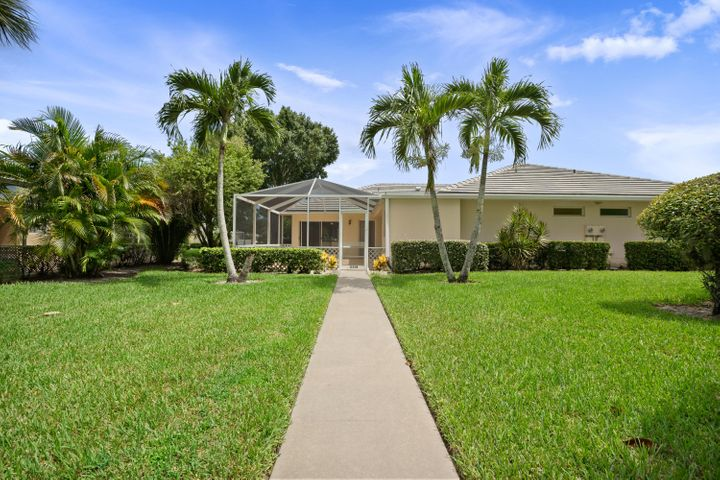 Florida Living at it Very Best in the DiVosta Built 2/2 Villa. This Home is located in the heart of St Lucie West, walking distance to shopping, restaurants, financial institutions and minutes from the the Florida Turnpike and I-95. Villa was just freshly painted from top to bottom, and features a NEW A/C Unit, Newer Washer,Dryer and Microwave. Homes split floor plan features 2 Master Suites, Large Great Room and best of all Large Screen Patio! Hurry, this affordable home will not last!