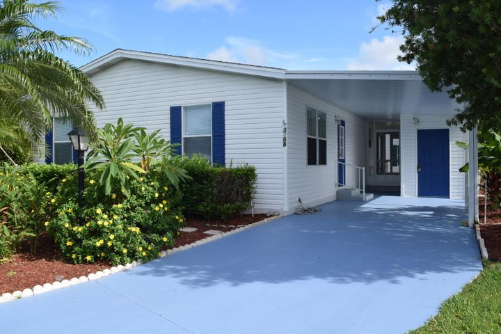 Newly remodeled 2 beds 2 baths