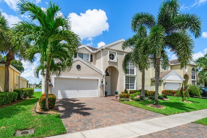 286 Berenger Walk, Royal Palm Beach, FL 33414