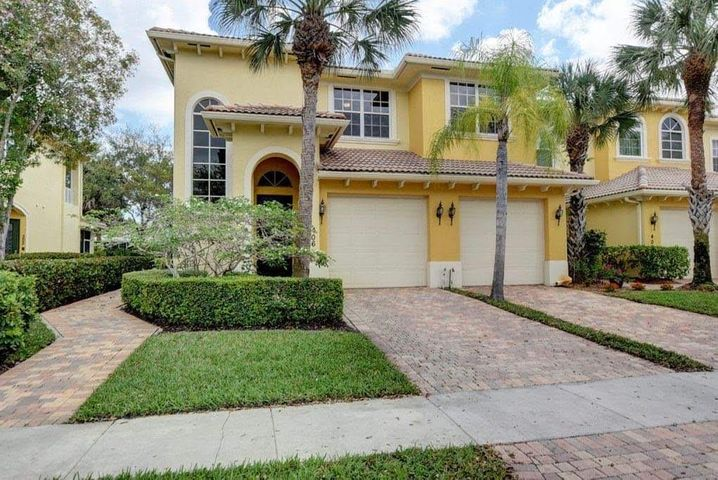 6407 Bella Circle, 406, Boynton Beach, FL 33437