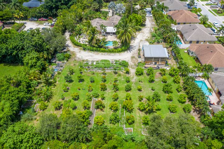 6460 Pine Avenue, Lake Worth, FL 33463