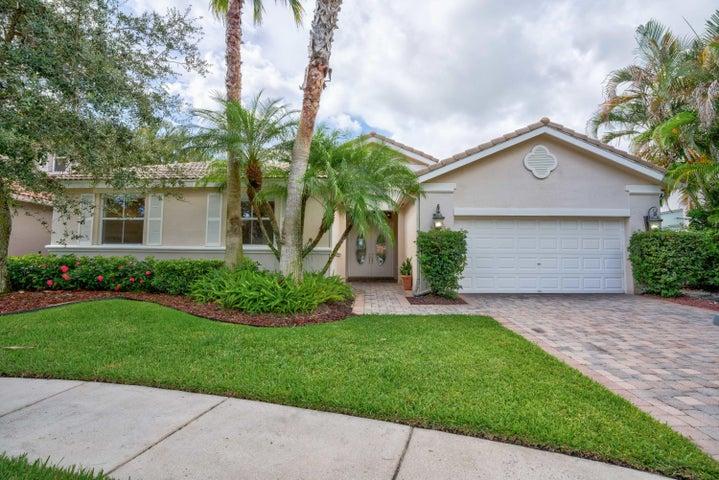 118 Villa Nueva Place, Palm Beach Gardens, FL 33418