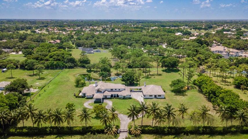 21677 El Bosque Way, Boca Raton, FL 33432