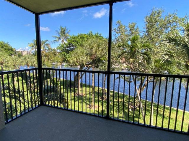 14 Royal Palm Way, 304, Boca Raton, FL 33432
