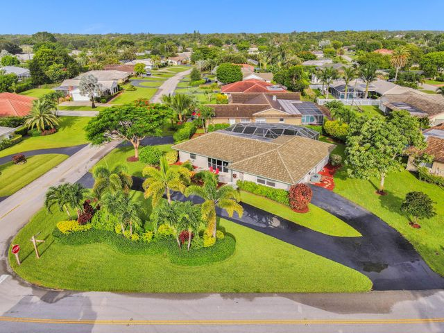 208 Gleneagles Drive, Atlantis, FL 33462