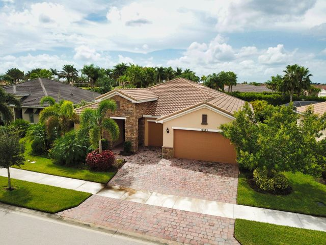 12083 SW Bayberry Avenue, Port Saint Lucie, FL 34987