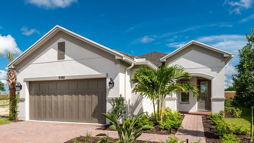 9580 SW Royal Poinciana Drive, Port Saint Lucie, FL 34987