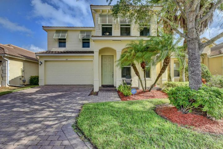 123 Belle Grove Lane, Royal Palm Beach, FL 33411
