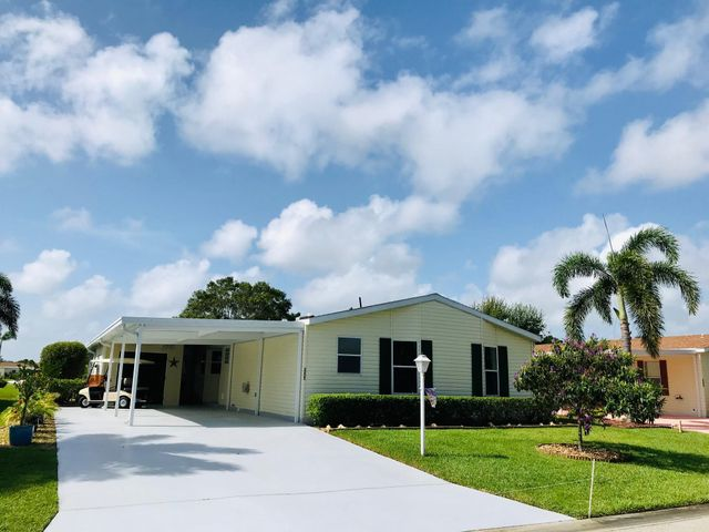 3225 Perigrine Falcon Drive, Port Saint Lucie, FL 34952