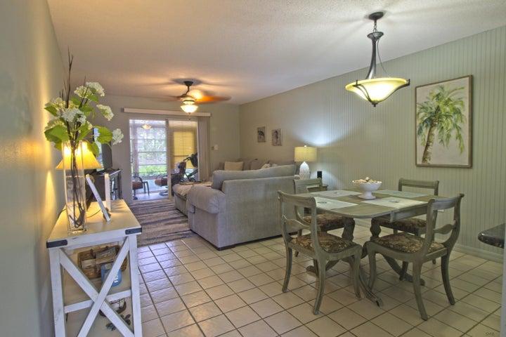 1176 NE Bayshore Drive, 101, Fort Pierce, FL 34949