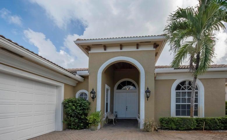 459 Pine Tree Court, Atlantis, FL 33462