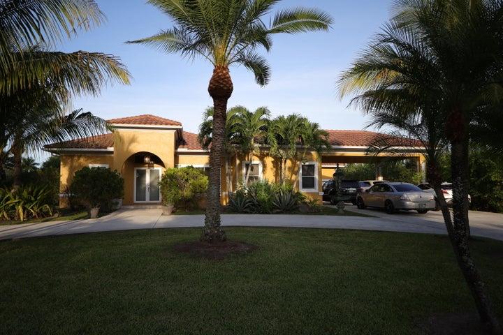9020 Talway Circle, Boynton Beach, FL 33472