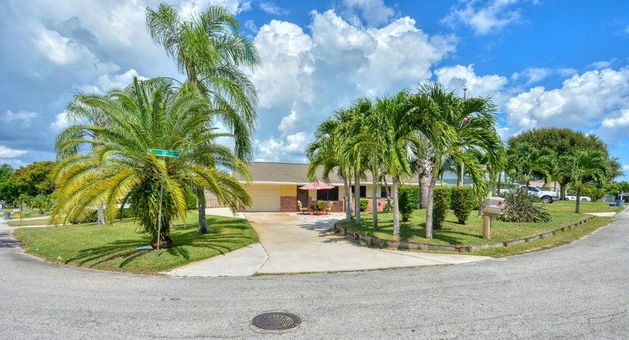 2458 NE 18th Lane, Jensen Beach, FL 34957