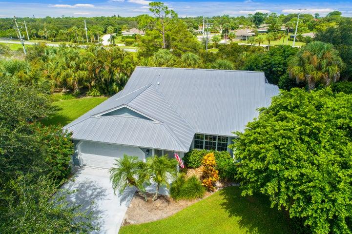 5325 SE Running Oak Circle, Stuart, FL 34997