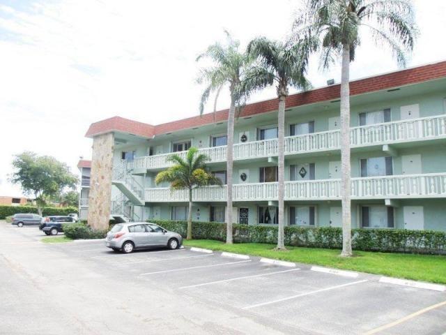 3300 Springdale Boulevard, 301, Palm Springs, FL 33461