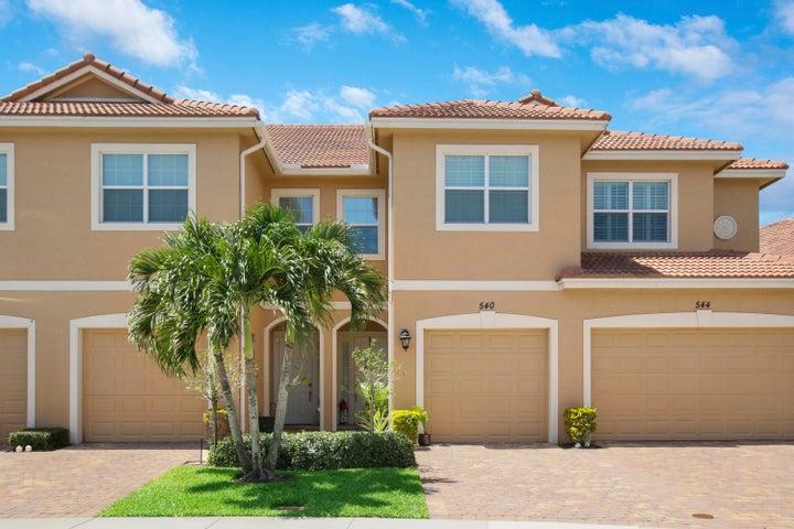 540 SW Glen Crest Way, Stuart, FL 34997