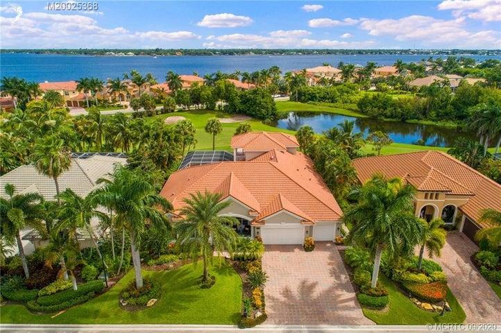 137 SW Hatteras Court, Palm City, FL 34990