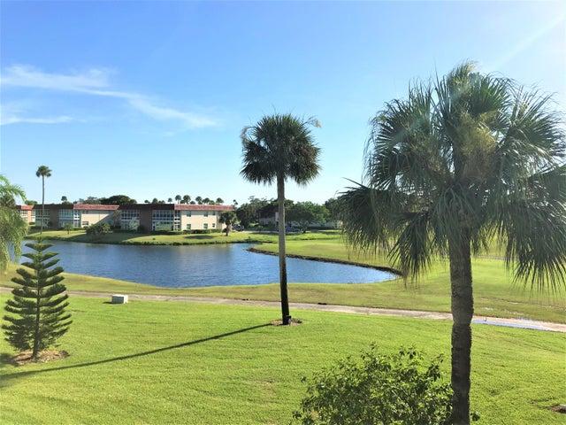 78 Royal Oak Drive, 201, Vero Beach, FL 32962