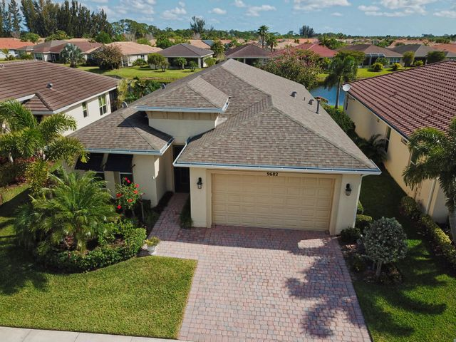 9682 SW Royal Poinciana Drive, Port Saint Lucie, FL 34987