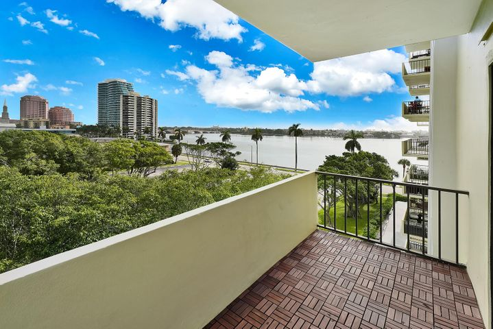 1501 S Flagler Drive, 6a, West Palm Beach, FL 33401