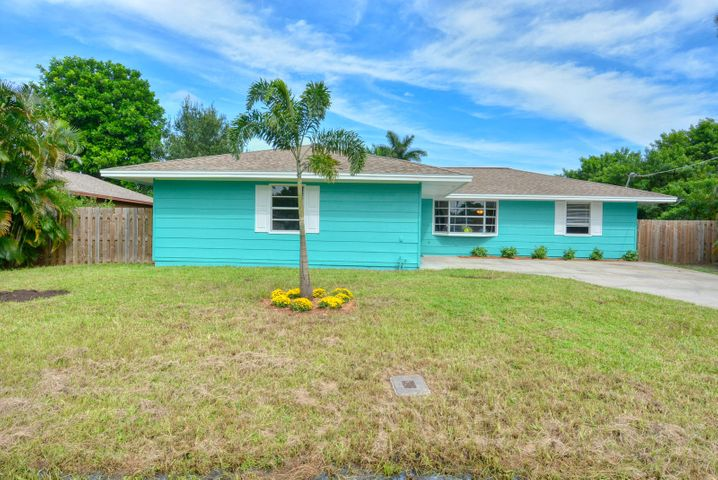 5808 Spruce Drive, Fort Pierce, FL 34982