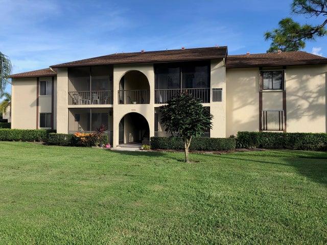 305 Knotty Pine Circle, B-2, Greenacres, FL 33463