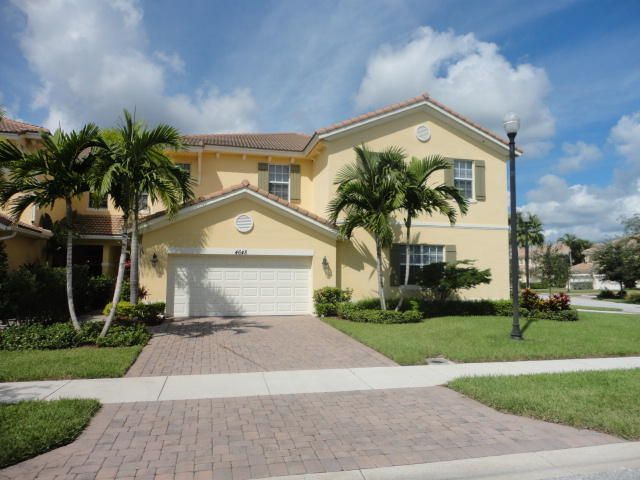 Beautiful townhouse, just like new, 3 bedrooms, 2.5 baths, 2 car garage. Tastefully decorated in the heart of Palm Beach Gardens. Fabulous gated community, close to everything, Gardens Mall, fine dining, golf courses, easy access to I-95 and Turnpike. Enjoy the season and the great weather in paradise. Call me today for reservation!