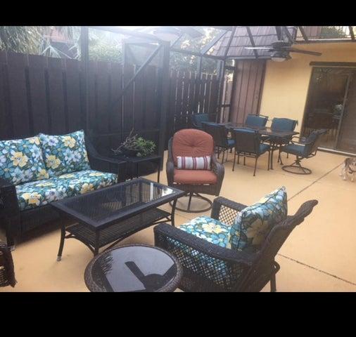 8 Atrium Circle, D, Atlantis, FL 33462