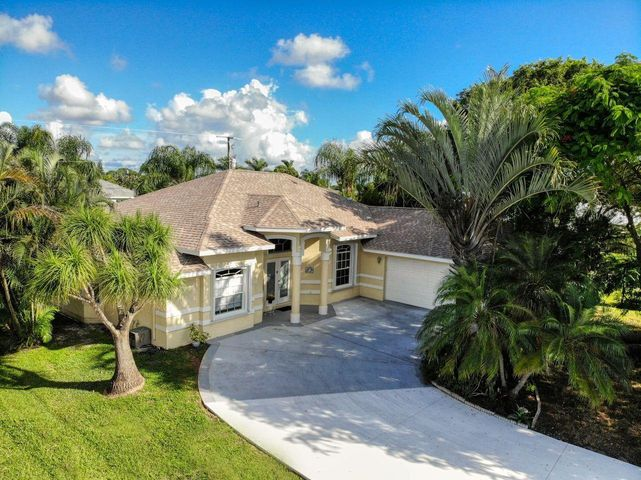 3358 SE East Snow Road, Port Saint Lucie, FL 34984