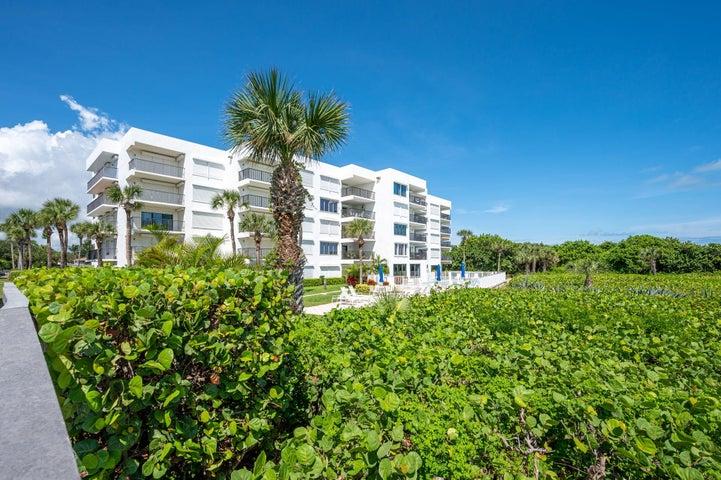 1700 Ocean Drive, 204, Vero Beach, FL 32963