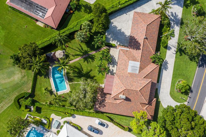 one of a kind custom built home, no HOA, no golf membership requirements to live here