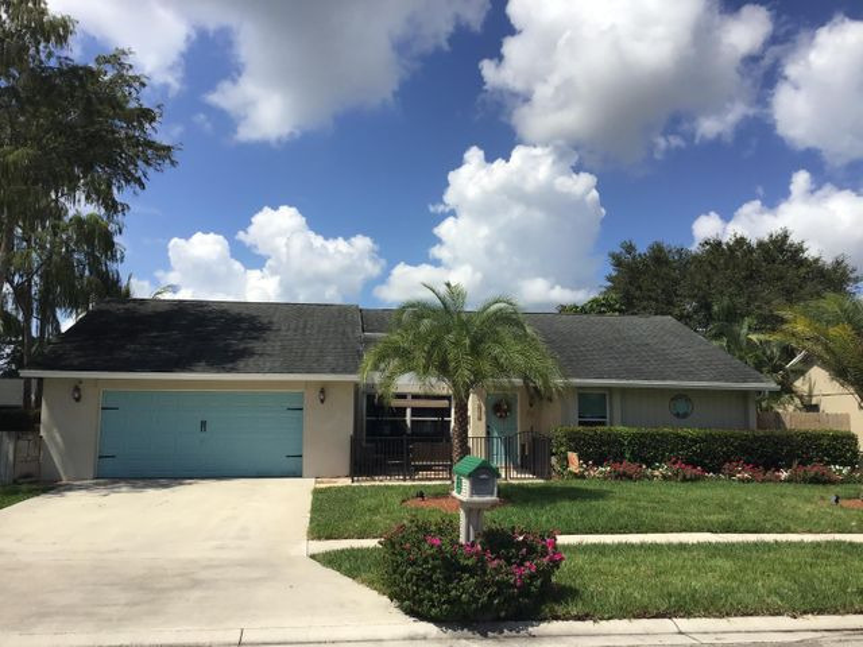 176 Parkwood Drive, Royal Palm Beach, FL 33411