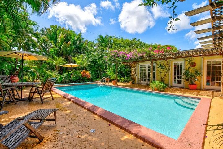 3900 Carnation Circle S, Palm Beach Gardens, FL 33410