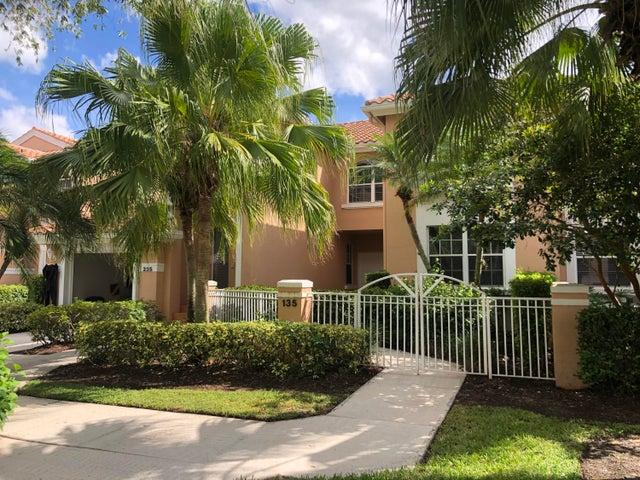 135 Legendary Circle, Palm Beach Gardens, FL 33418