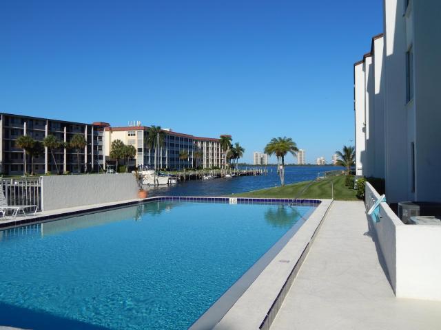 125 Shore Court, 204 A, North Palm Beach, FL 33408